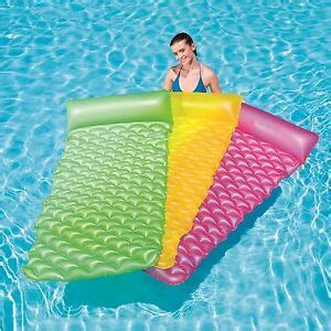 bestway 84 quot x34 quot float n roll swimming pool air bed lounger float mat 5055675878633 ebay