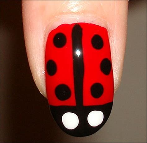 easy nail art ladybug nail art tutorial ladybug nails swatch and learn