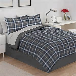 izod 174 byron plaid reversible comforter set in grey bed
