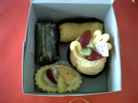Pie Buah Aneka Snack welcome to dapurcabi aneka snack box 1
