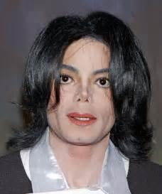www michaeljacksonshortesthaircut com michael jackson medium wavy casual hairstyle black