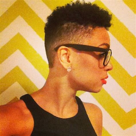 ahirt shaved sides naturalvhairstyle low cut and shaved sides this is so cute naturalhair