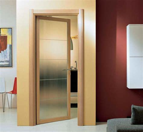 spazio porte porta battente in vetro e legno di ciliegio spazio