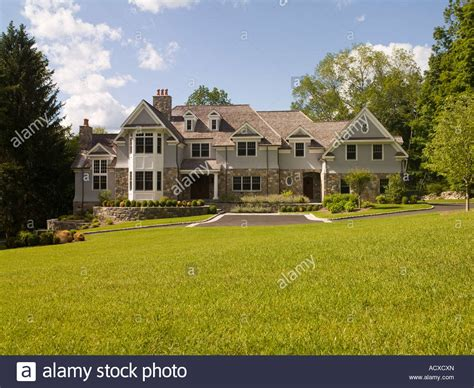 houses to buy in usa modern large luxury house usa stock photo royalty free image 13244540 alamy