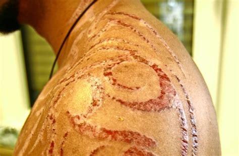 henna tattoo juckt allergie durch schwarzes henna k 246 rperbemalung mit