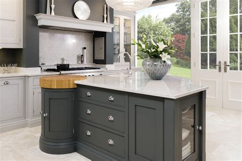 Kitchen Cabinets 2015 by Luxury Kitchen Designer Tom Howley Opened A New Showroom
