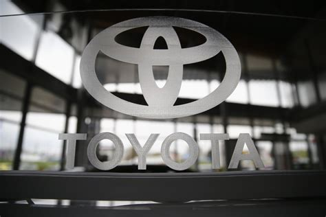 details of toyota showroom toyota launches innova and fortuner 4x4 automatic in