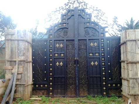 How To Estimate Cost Of Building A House fences and gates in pictures and prices properties 24