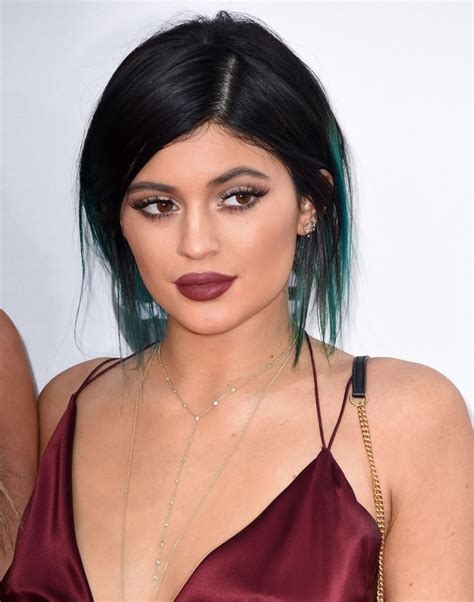Kyle Kyeyeshadow jenner s makeup at the 2014 american awards popsugar