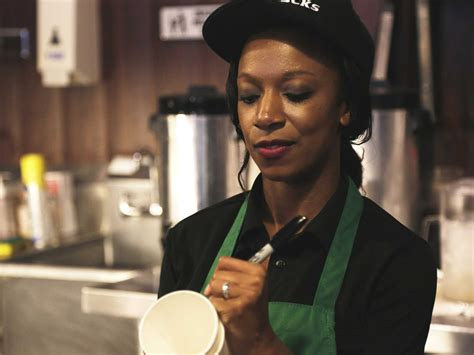 starbucks worker open letter on disconnect sales slump