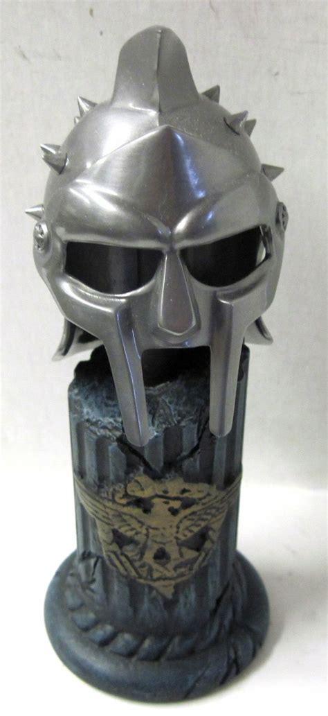 gladiator film helmet 17 best images about gladiator on pinterest movie props