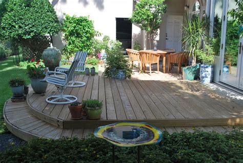 simple backyards backyard design decosee com