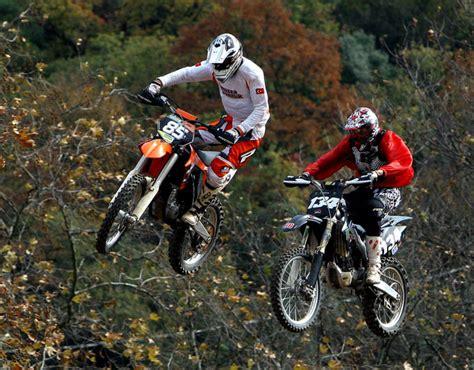 sezonun son motokros yarisi goenende tuerkiye motosiklet