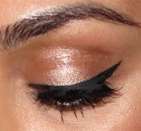 Eyeliner Matte matte eyeliner huda makeup and