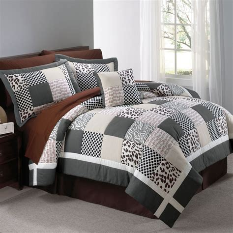 Animal Print Quilt by 17 Best Images About Quilt For Sydney On Quilt