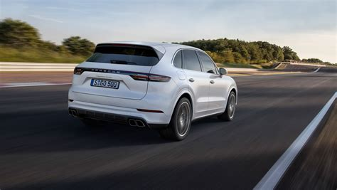2018 porsche cayenne gts 2018 porsche cayenne turbo unveiled at the 2017 frankfurt