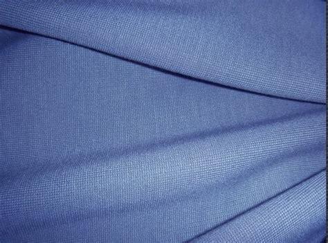 L20 Kaos Polo Shirt Cotton Bukan Pe Polyester 1 ciri bahan kain rayon pabrik konveksi baju kaos oblong