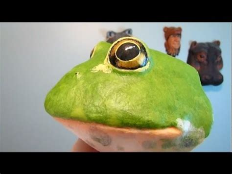 Frog With Paper - paper mache frog trophy with papercraft pattern 2