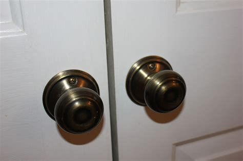 Closet Door Knobs Peahen Pad Updating Door Hardware