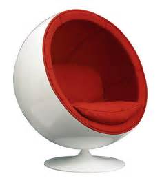 14 cool versions of the iconic egg chair