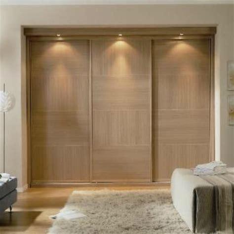 puerta corredera armario armario puerta corredera barnizado xanela reformas