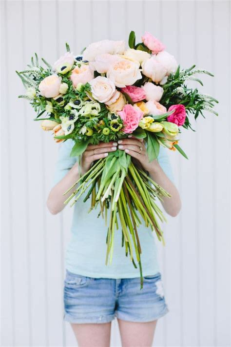 big wedding bouquets boutonnieres big bouquet 2062448 weddbook