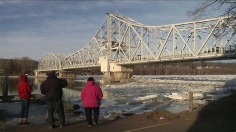 east haddam swing bridge repairs to ice cutter bollard delay work on ice jams in