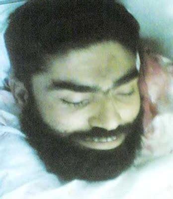 billy info gambar orang tersenyum mati syahid