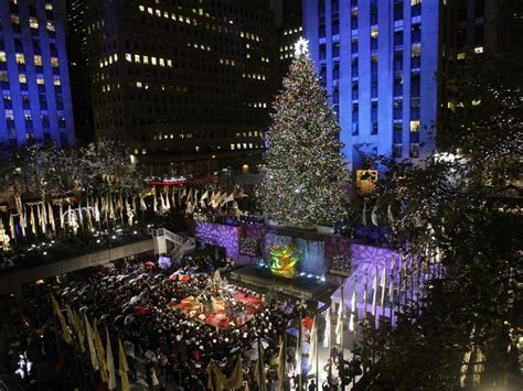 rockefeller tree lighting kicks off holiday season in