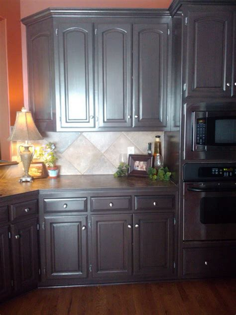 Black Floors White Cabinets by Pictures Of Traditional White Kitchens With Floors