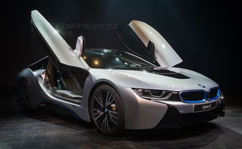 hybrid cars bmw bmw eyes 100 000 electric car sales in 2017 fortune