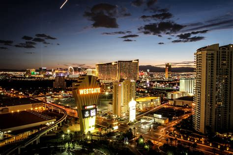 deal free hotel stays from las vegas to orlando fla for 2 500 military families - Westgate Resorts Veteran Giveaway