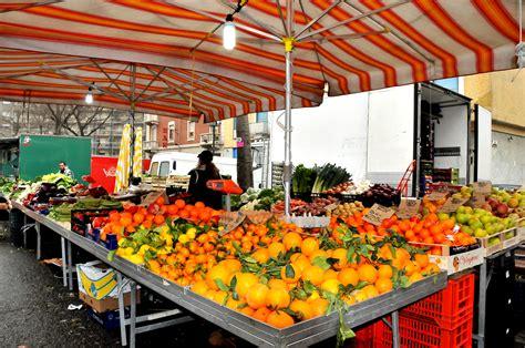 banchi frutta frutta e verdura da vincenzo torino mercati