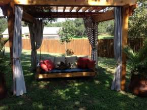 Diy Daybed Swing How To Build A Hanging Daybed Swing Diy Projects For