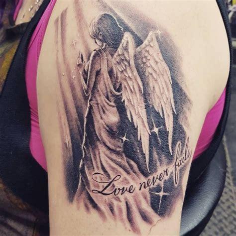 tattoo arm engel engel tattoo designs mit bedeutungen 30 ideen