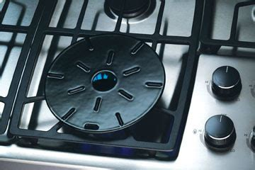 simmer plate for gas cooktop bosch ngp945uc 36 inch gas cooktop with 15 000 btu high