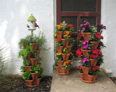 Vertical Stackable Planters Are A Great Idea The Whoot Stacking Planters Container Gardening