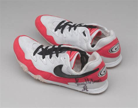 kellys running shoes pair of running shoes 1998 c
