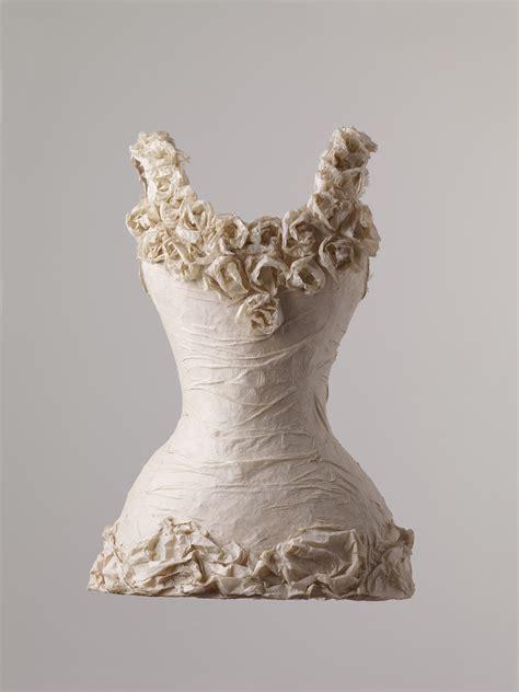 How To Make Paper Sculpture - susan cutts arbs paper sculpture