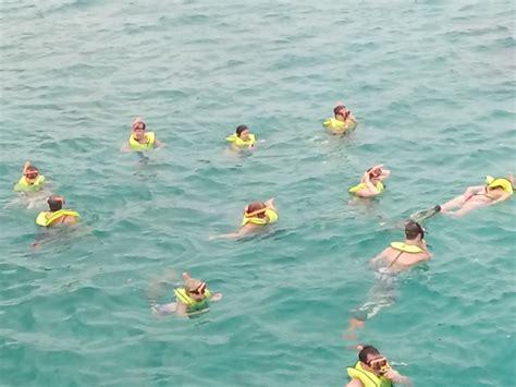 catamaran snorkeling montego bay jamaica montego bay to negril catamaran cruise chill sailing
