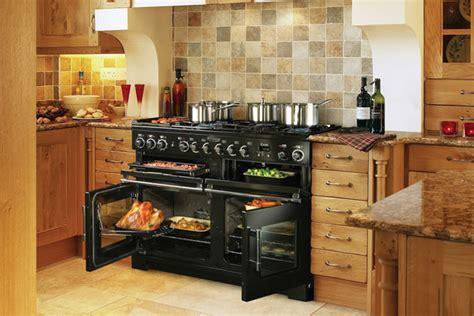 cuisine au four à bois piano de cuisson quel mod 232 le choisir travaux com