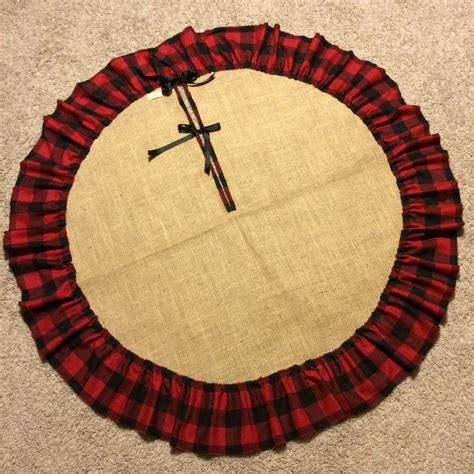 48 burlap tree skirt with single raw edge ruffle black