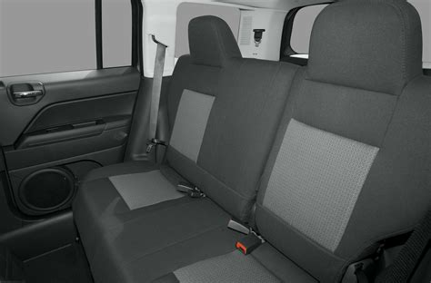 jeep patriot 2010 interior 2010 jeep patriot price photos reviews features