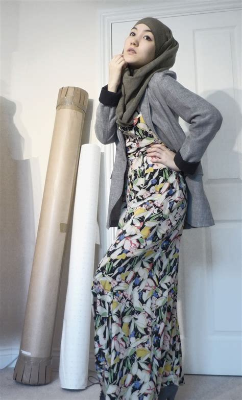 Maxi Blazer Flowery vintage maxi dress blazer style muslim fashion