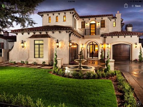 mediterranean style home best 25 mediterranean style homes ideas on