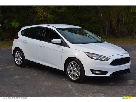 White Ford Focus by 2015 Oxford White Ford Focus Se Hatchback 116944642 Photo
