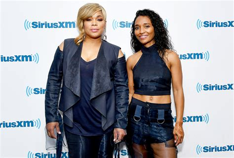 t boz and chilli argue on who loves tlc more youtube how tlc s chilli t boz are honoring left eye on their album