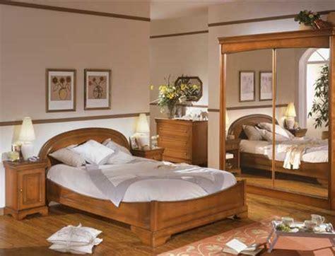 chambre à coucher merisier les chambres de votre discounteur affaires meuble fr sur