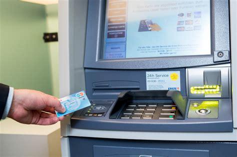 sparkasse erste bank das handelsmagazin erste bank startet offensive