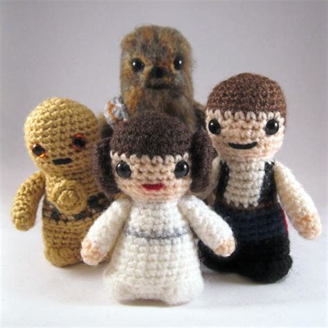 amigurumi lightsaber pattern star wars mini amigurumi patterns gadgetsin